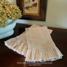 Simple Ruffled Linen Towel