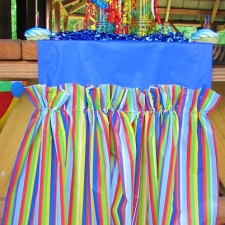 Ruffled Table Runner from Plastic Tablecloths Tutorial