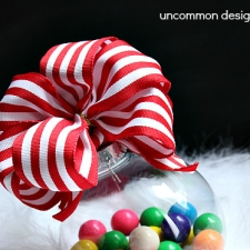 Making Perfect Bows for Ornaments with Bowdabra