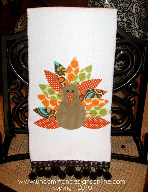 Appliqued Turkey Towel uncommon 2010