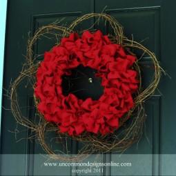 Burlap Red Wreath Uncommon 2011