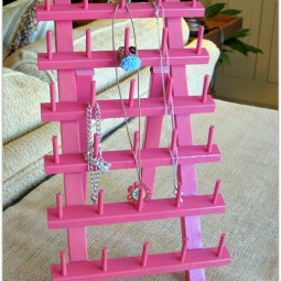 Pink Jewelry Holder Thread Holder Uncommon 2011