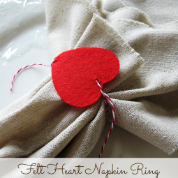 Felt-Heart-Napkin-Ring
