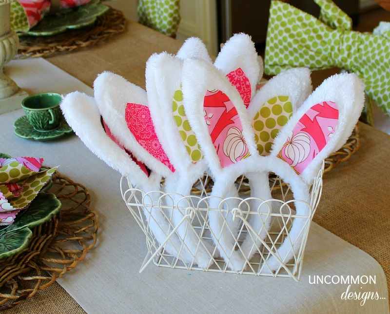 Easter-Tablescape-Fabric-Bunny-Ears