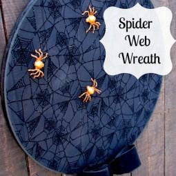 spider-web-wreath-uncommon-designs