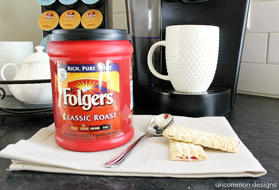 Folgers-BlogHer-Cannister