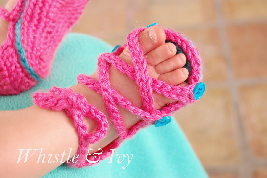Free Crochet Patterns Sandals For Babies : Gladiator Sandal Crochet Pattern for Baby - Uncommon Designs