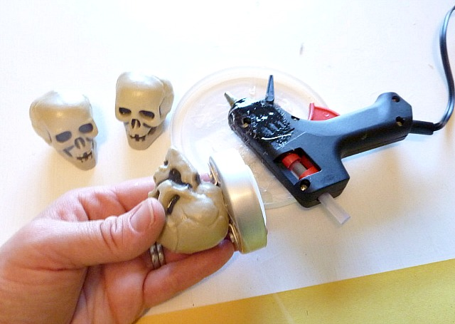 DIY_faux_mercury_glass_skulls