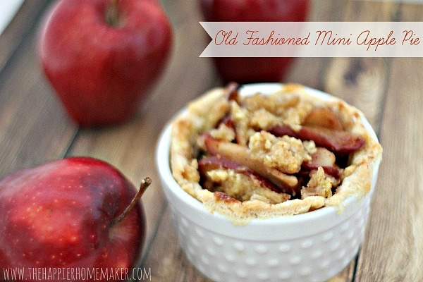 Fall_Desserts_old-fashioned-mini-apple-pie_thehappierhomemaker