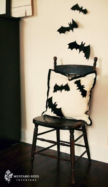 felt bat Halloween Pillow