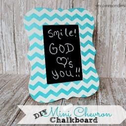 DIY_Mini_Chevron_Chalkboard_UncommonDesigns