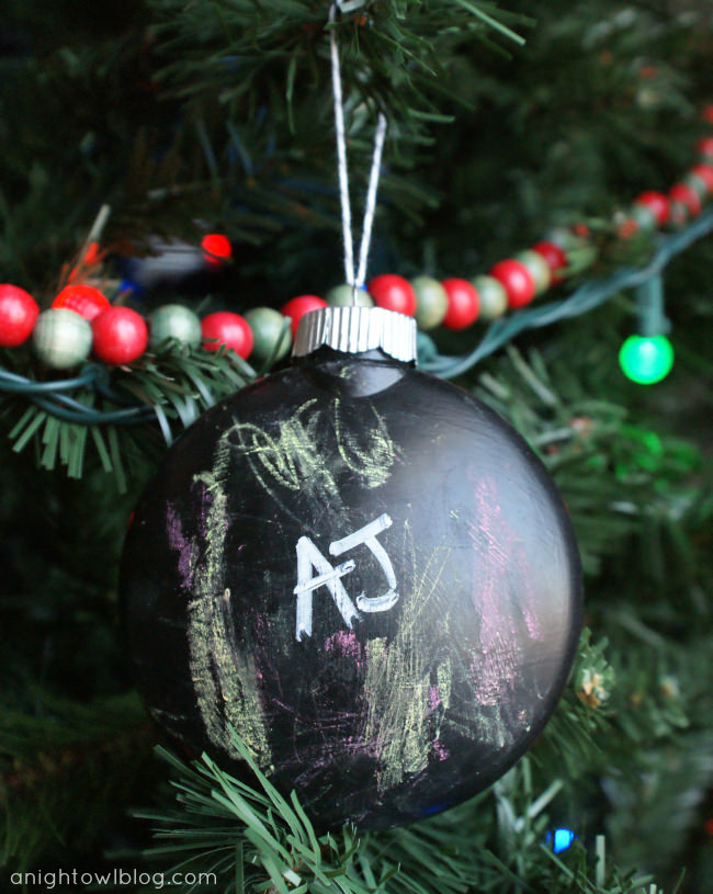 chalkboard ornament - Christmas Ball Decoration Ideas