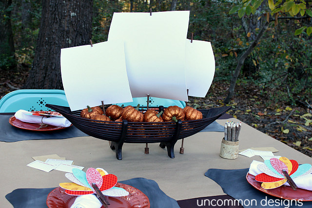 Pilgrim boat Thanksgiving Table centerpiece. Kid's thanksgiving ta.ble