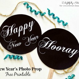 DIY New Year's Photo Prop Free Printables