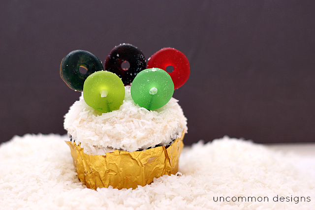 Winter Olympics Cupcakes... a great way to celebrate the Winter Games! #olympics #cupcakes www.uncommondesignsonline.com