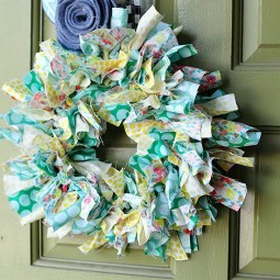 Summer-fabric-wreath