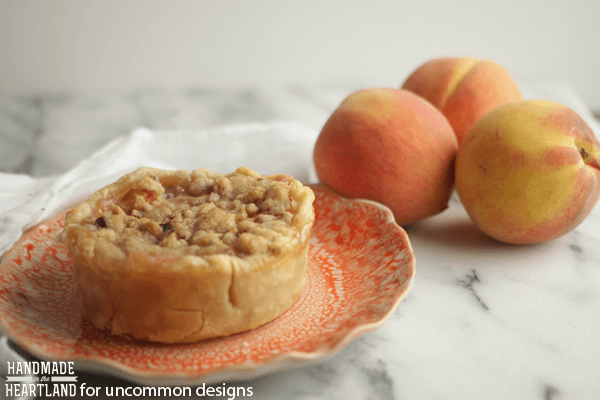 Peach Crumble Pie via Uncommon Designs
