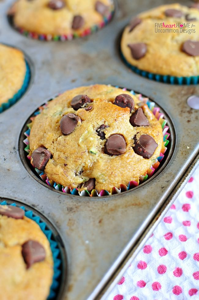 Whole Wheat Zucchini Banana Muffins... so good with Chocolate Chips, too!  via Uncommon Designs
