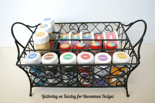 Learn how to organize sprinkles and get that pantry in order!  Includes free printable labels via Uncommon Designs