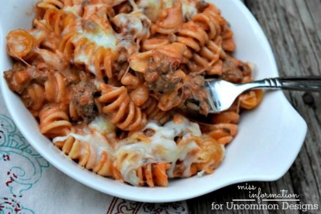 Easy Italian Casserole Recipe.  A simple recipe for those busy school nights!  ~ Uncommon Designs