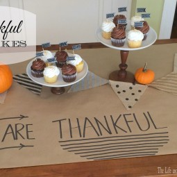 Show what you are grateful for in the sweetest way... Thankgiving Cupcakes via Uncommon Designs