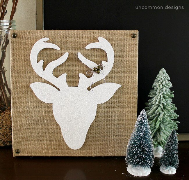 Great Ways To Use Burlap In Home Decor: Reindeer Silhouette Burlap Canvas