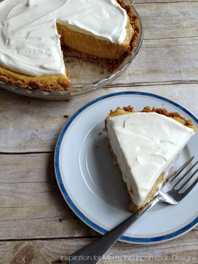 Get ready for a delicious holiday treat... No-Bake Egg Nog Pie via Uncommon Designs