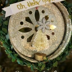 mason-jar-lid-christmas-ornament-uncommon-designs