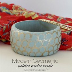 modern-geometric-painted-wooden-bangle