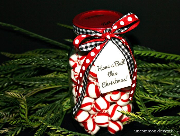 These printable tags are going to be perfect for so many gifts to make and give this year!  Such a sweet mason jar gift idea! | Uncommon Designs #MadeFromHere