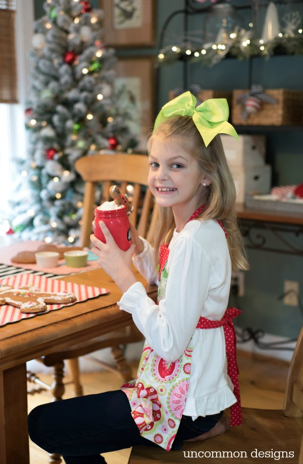 Start an easy holiday tradition with your family this year!  Decorate Gingerbread Men, Sip on Hot Chocolate and Have fun! | Uncommon Designs