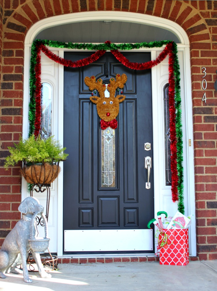 elfing-your-neighbor-9