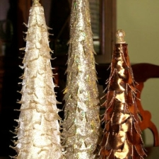 Tabletop Ribbon Trees { A Holiday Tutorial }