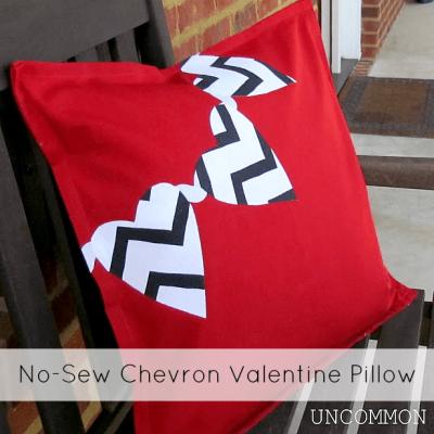 No-Sew Chevron Valentine Pillow