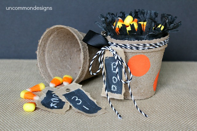 Halloween_treat_bucket_wm