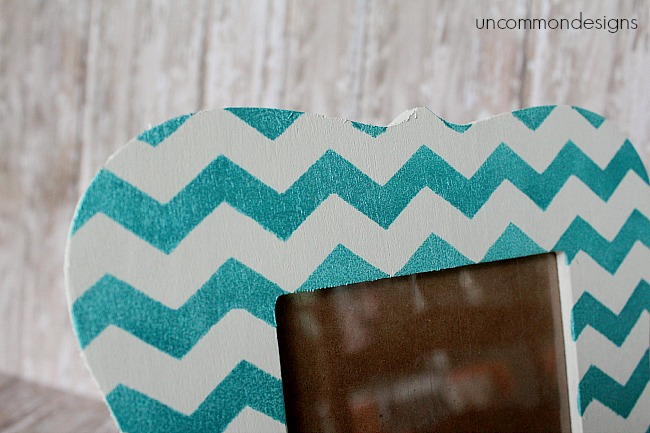 chevron_mini_chalkboard_frame_uncommondesigns