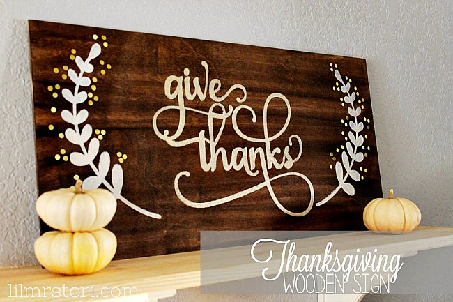 give_thanks_wooden_thanksgiving_sign