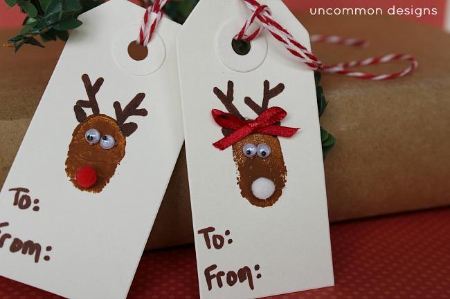 DIY_Christmas_tags_reindeer_thumbprint _art