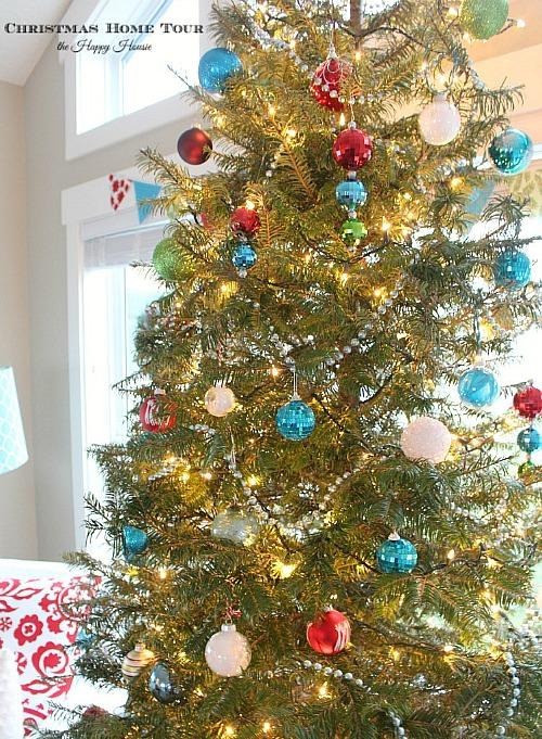 The-Happy-Housie-Christmas-Home-Tour-tree-752x1024