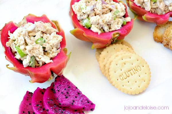 chciken-salad-dragon-fruit-bowls-jojoandeloise