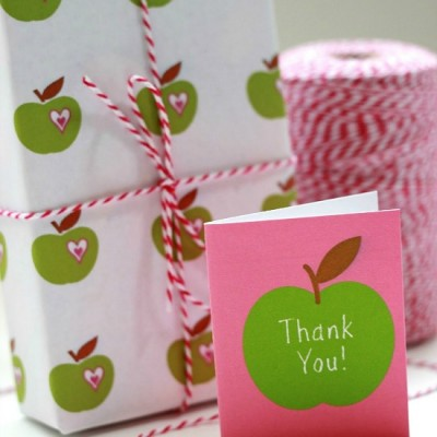Teacher Appreciation Printable Gift Wrap and Mini Thank You Card