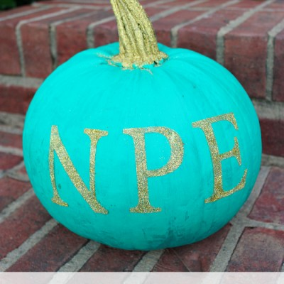 How to Make Monogrammed Pumpkins