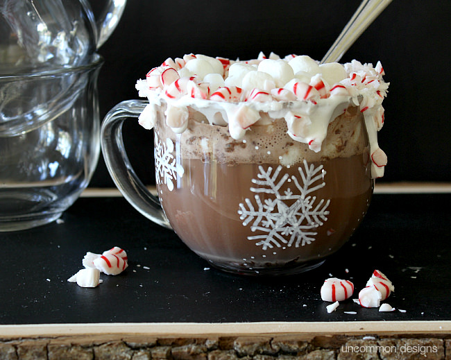 Semi-homemade Peppermint Hot Chocolate #hotcocoa #recipe #peppermint
