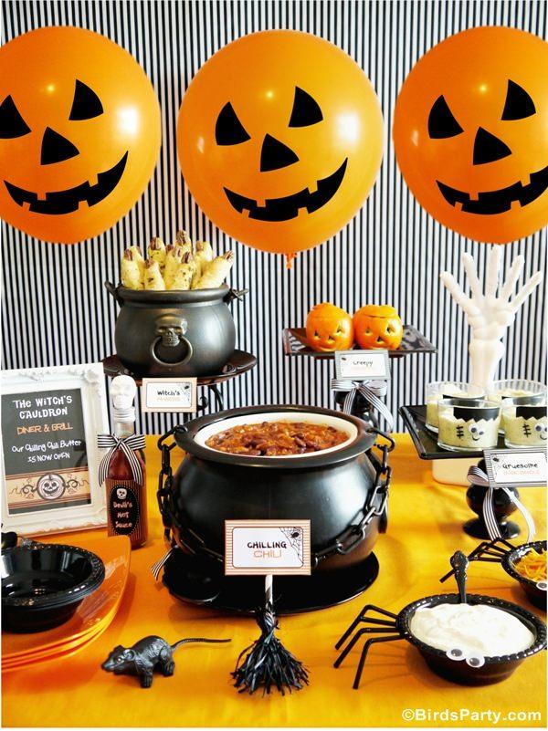halloween-chili-buffet-bar-how-to-style-decor-food-kids
