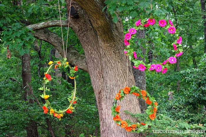 Make a lit photo backdrop with flowers and hula hoops!  A simple step by step tutorial by Uncommon Designs
