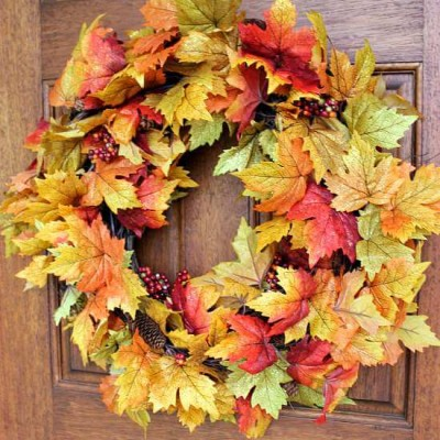 10 Minute Fall Leaf Wreath