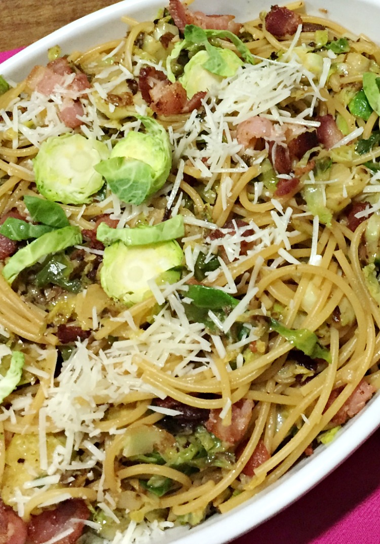 One Pot Spaghetti with Brussels Sprouts Recipe... perfect for busy families and great for weeknight meals and for busy families. See the full recipe at https://uncommondesignsonline.com/ #BrusselsSprouts #WeeknightMeals #EasyDinners