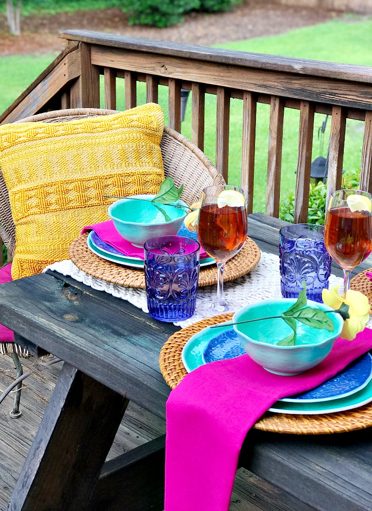 Outdoor Decor and Outdoor Dining 13