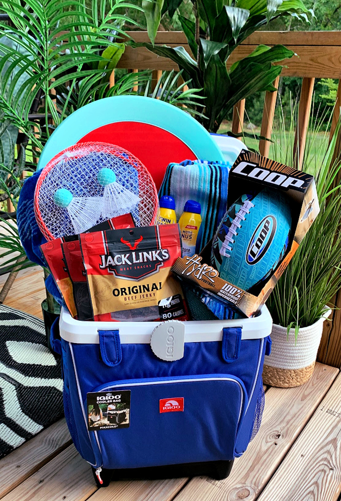 Summer Fun Fathers Day Gift Basket Idea
